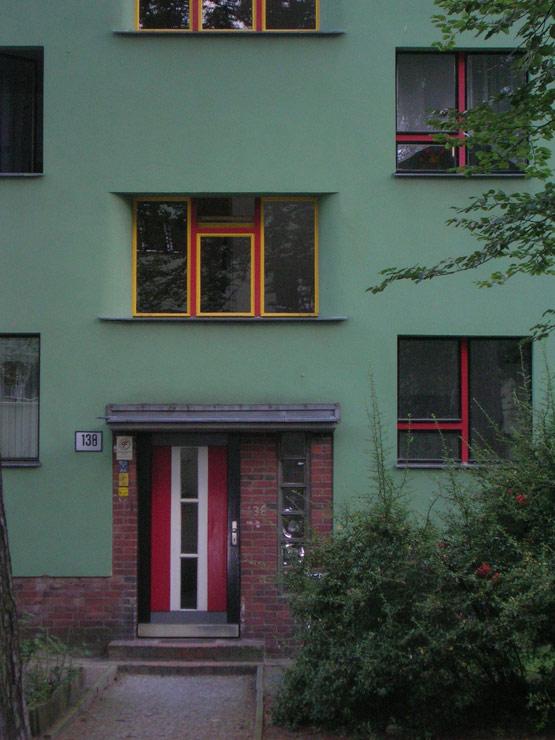 Wiederentdeckte Moderne: Detail aus der Siedlung Onkel-Tom von Bruno Taut in Berlin Zehlendorf