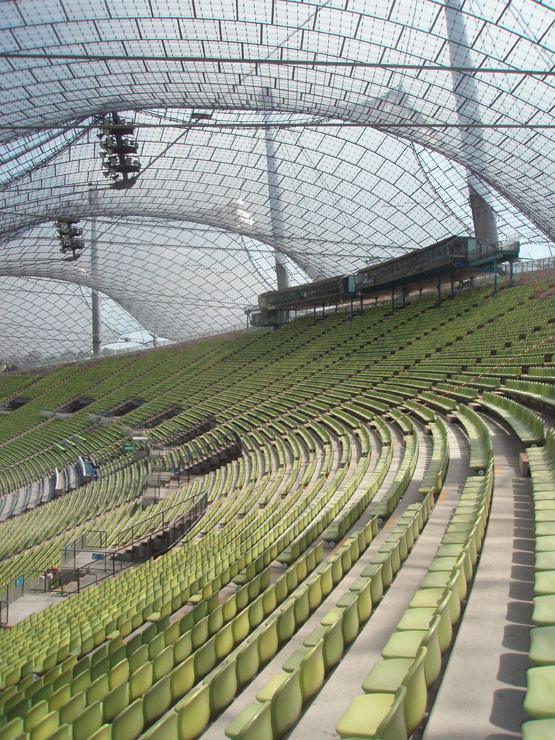 Filigrane Moderne: Nur dank großen öffentlichen Engagements blieb das Olympiastadion in München vor entstellenden Umbauten verschont