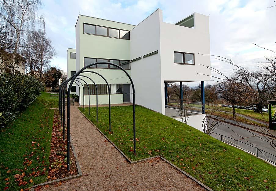Abb 5: Stuttgart, Weißenhofsiedlung, Der Garten des Doppelhauses Le Corbusier/ Pierre Jeanneret im Jahr 2005 (Foto Thomas Wolf, Gotha)